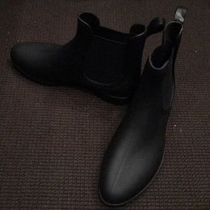 Shoes - Black ankle (rain) boots